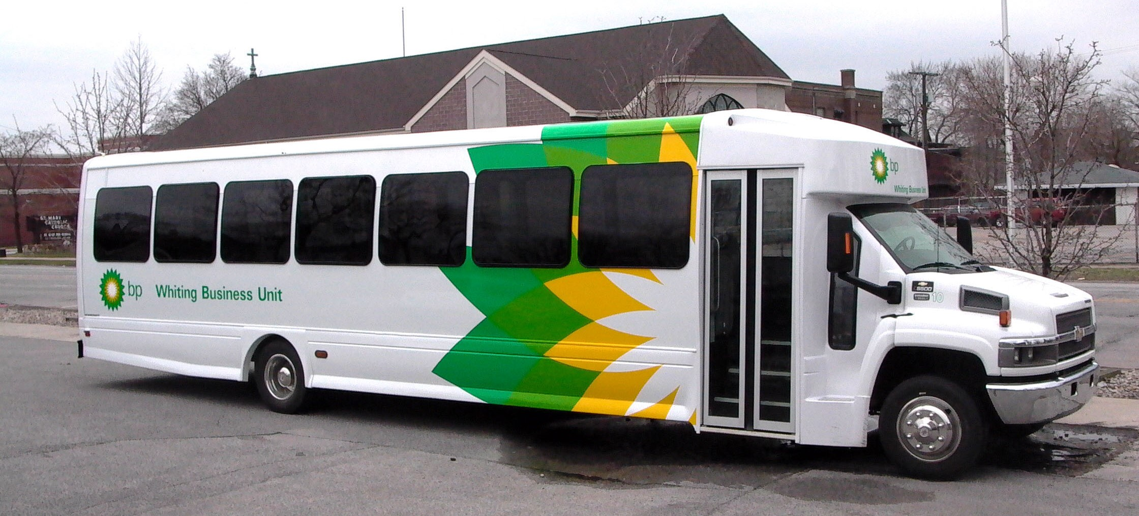 Custom Vehicle Graphics For Your Business Needs
